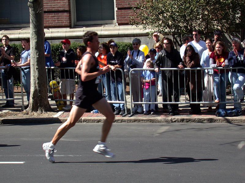 Runners (4).