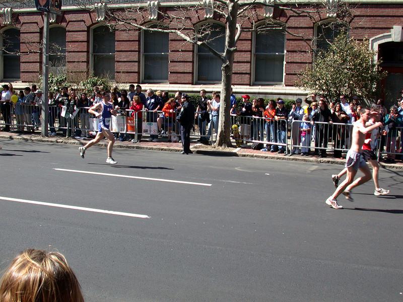 Runners (5).
