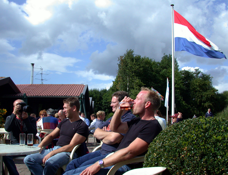 The terrace at Dorhout Mees, where the Dutch flag waives proud... hehehehe Yeah right!!