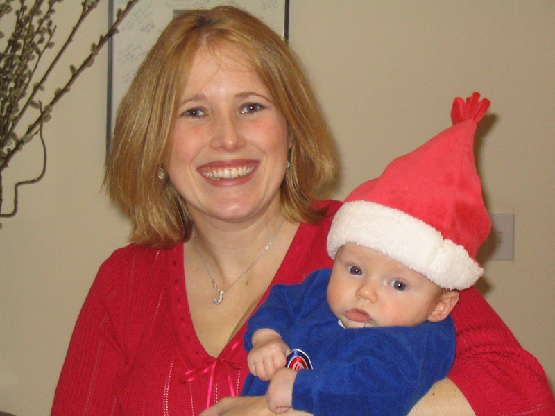 santa kid w mommy