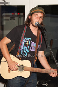 Willie Mason photo by Rob Rich © 2008 516-676-3939 robwayne1@aol.com