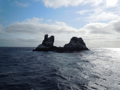 """Rocha Partida, a spectacular seamount in the middle of nowhere.  The nearest """"land"""" is San Benedicto - 85 miles away."""
