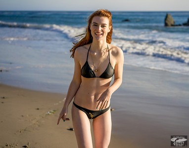 Sony A7 R RAW Photos Pretty Redhead Bikini Swimsuit Model Goddess! Carl Zeiss Sony Sony FE 55mm F1.8 ZA Carl Zeiss Sonnar T* Lens! Lightroom 5.3 !