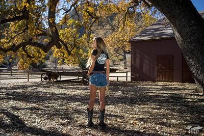 Sony A7R Test Photos: ILCE7R A7r Golden Cowgirl Model & Gold 45 Revolver! Carl Zeiss Sony Sonnar T* FE 35mm f/2.8 ZA Lens. finished in Lightroom 5.3 !