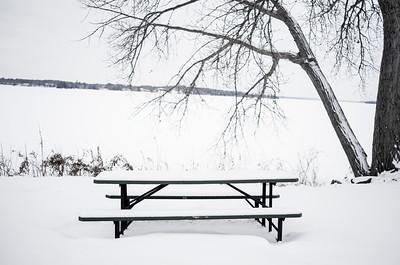 Snow TABLE 46