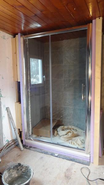 App 2: shower doors installed