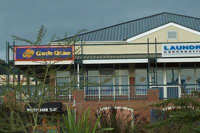 They have Church's Chicken (aweful Southern fast food chain) in Stellenboasch.....that just seems wrong!