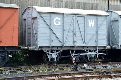 W104700 GWR 12t Twin Vent Van   29/08/15