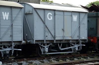 B753100 GWR 12t Twin Vent Vanfit   29/08/15