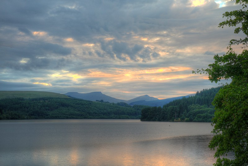 Brecon Beacons across Pontsticill reservoir