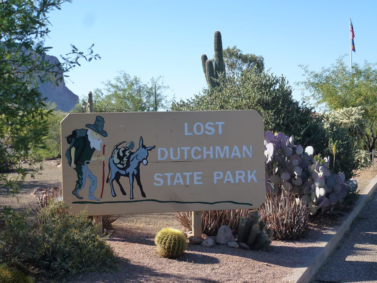 Rode across Phoenix to Apache Junction, Az .  <br /> <br /> Stayed out here at this park -only time I paid for camping <br /> <br /> Glad I did ....had a great meal in Apache Junction and a cool camp spot
