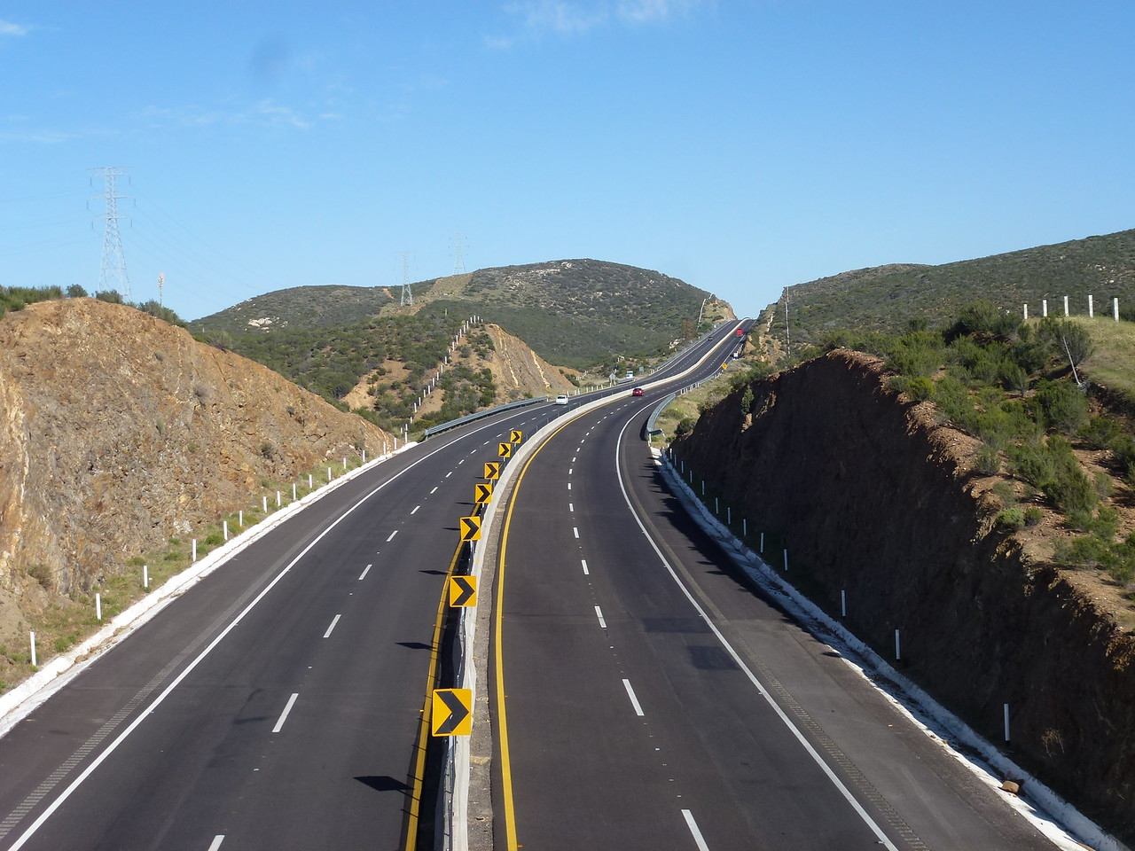 New 4 lane toll road (cuota ) that I had to get on later that day .<br /> <br /> Ten Pesos or so , every 20 miles - less than a US dollar