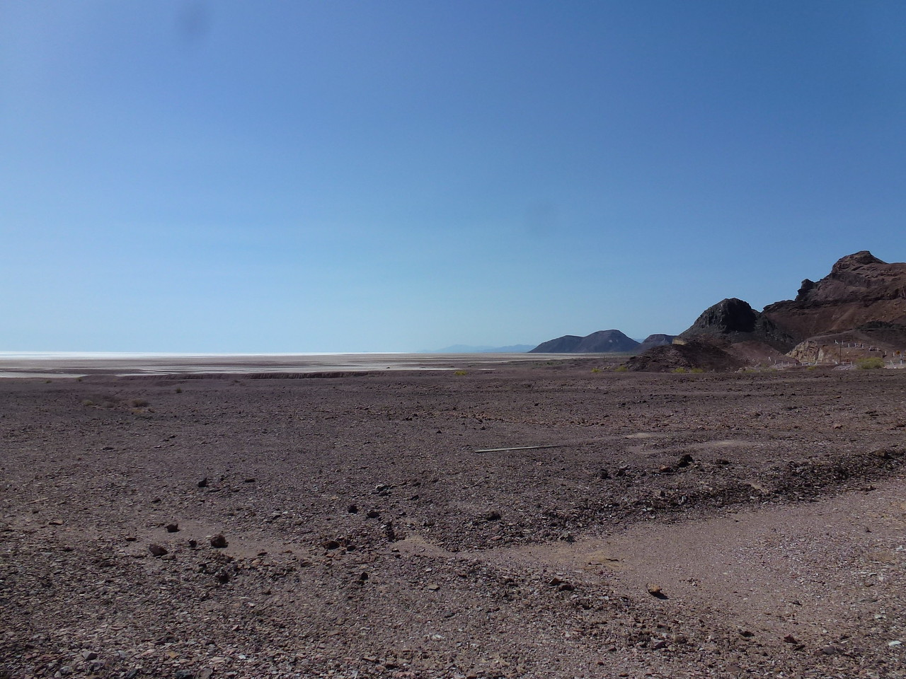 Next morning I rode down to the playa above the Sea of Cortez <br /> <br /> Looking this direction (South ) its a ways to the Sea