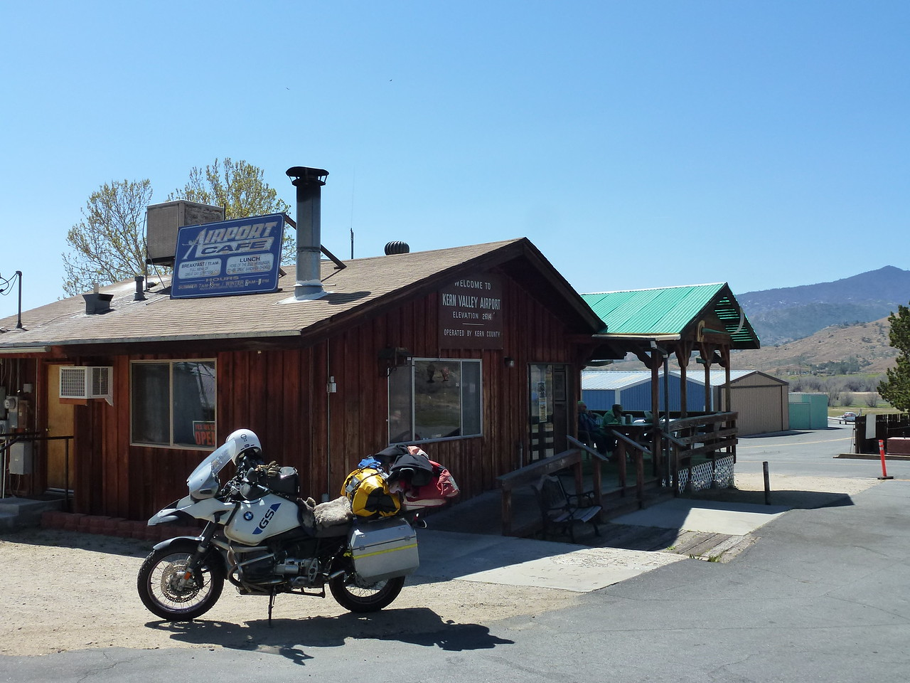 """Kernville, California <br /> <br /> Had the best hamburger of the whole trip here.    The 75 year old man cooking and running the whole show , pulled out a package of bulk burger and started forming a patty in his hands and asked """" how big do you want it ?"""" <br /> <br /> I could easily go back there for another burger .....very good !"""