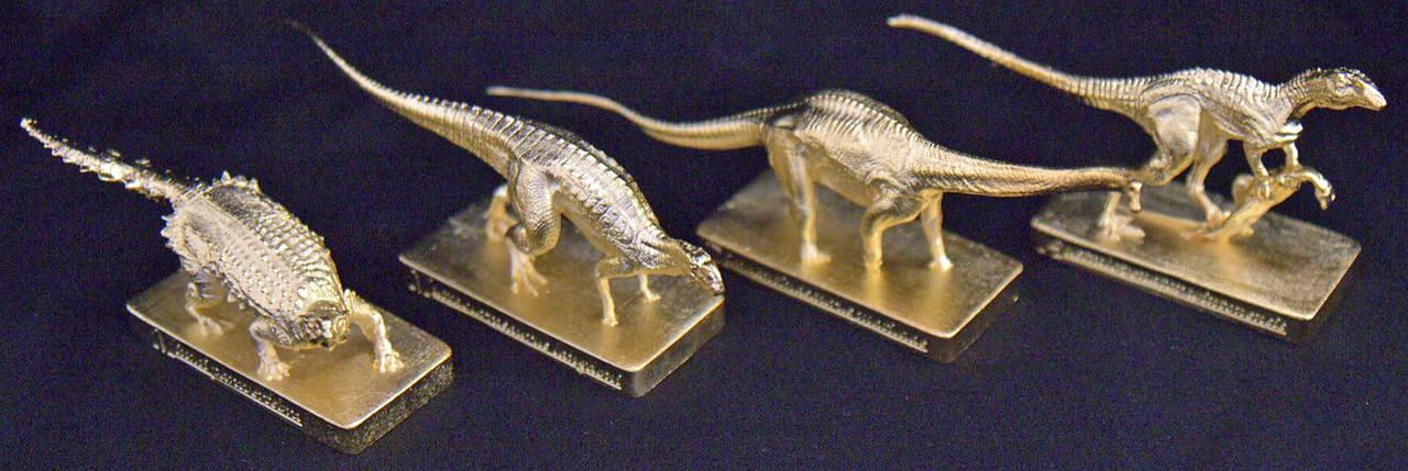 Gold Finish Left to Right: Minmi paravertebra, Muttaburrasaurus langdoni, Diamantinasaurus matildae and Australovenator wintonensis