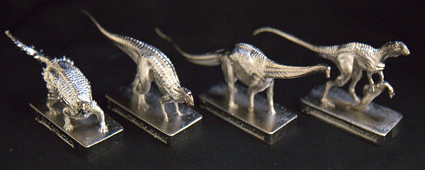 Silver Finish Left to Right: Minmi paravertebra, Muttaburrasaurus langdoni, Diamantinasaurus matildae and Australovenator wintonensis