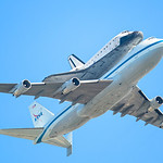 Space-Shuttle-Endeavour-Bay-Area-Flyover-Mountain-View-California_D8X0634