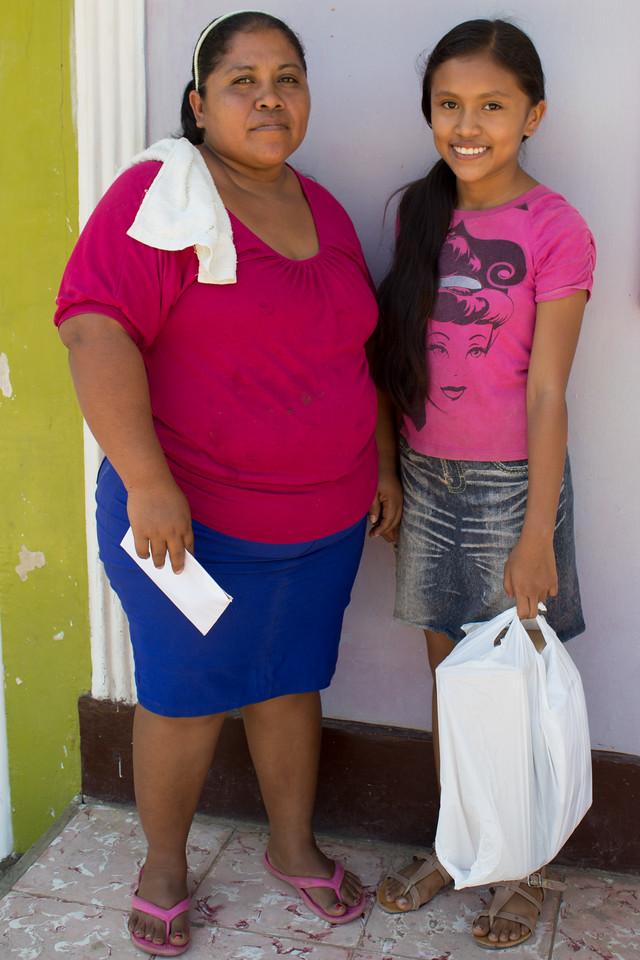 Jenssy Pamela and her mom.
