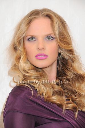Anne V <br /> photo by Rob Rich © 2010 robwayne1@aol.com 516-676-3939