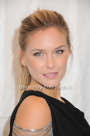 Bar Rafaeli<br /> photo by Rob Rich © 2010 robwayne1@aol.com 516-676-3939