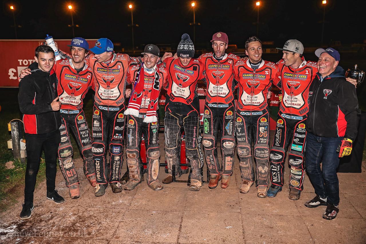 Wolves v Swindon Final Leg