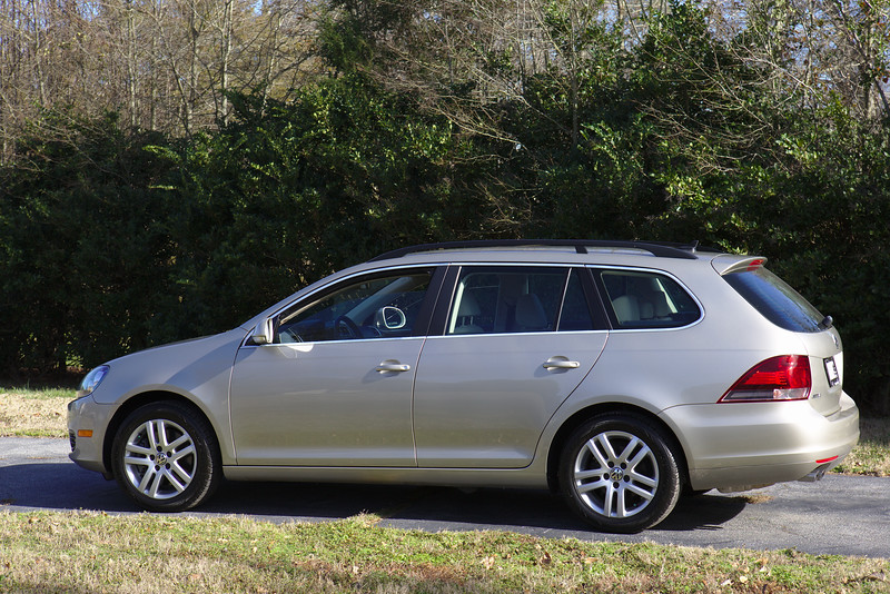 The Jetta Sportwagen arrives on the farm.