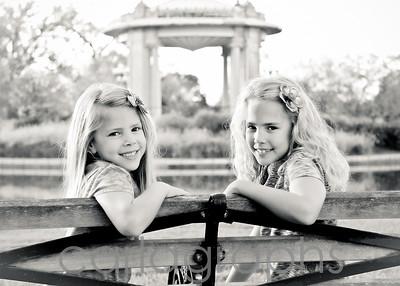 Girls on Bench bw-