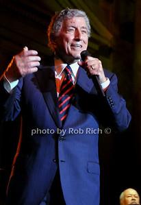 Tony Bennett photo by Rob Rich © 2009 robwayne1@aol.com 516-676-3939