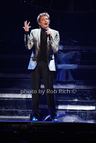 Barry Manilow<br /> photo by Rob Rich © 2009 robwayne1@aol.com 516-676-3939