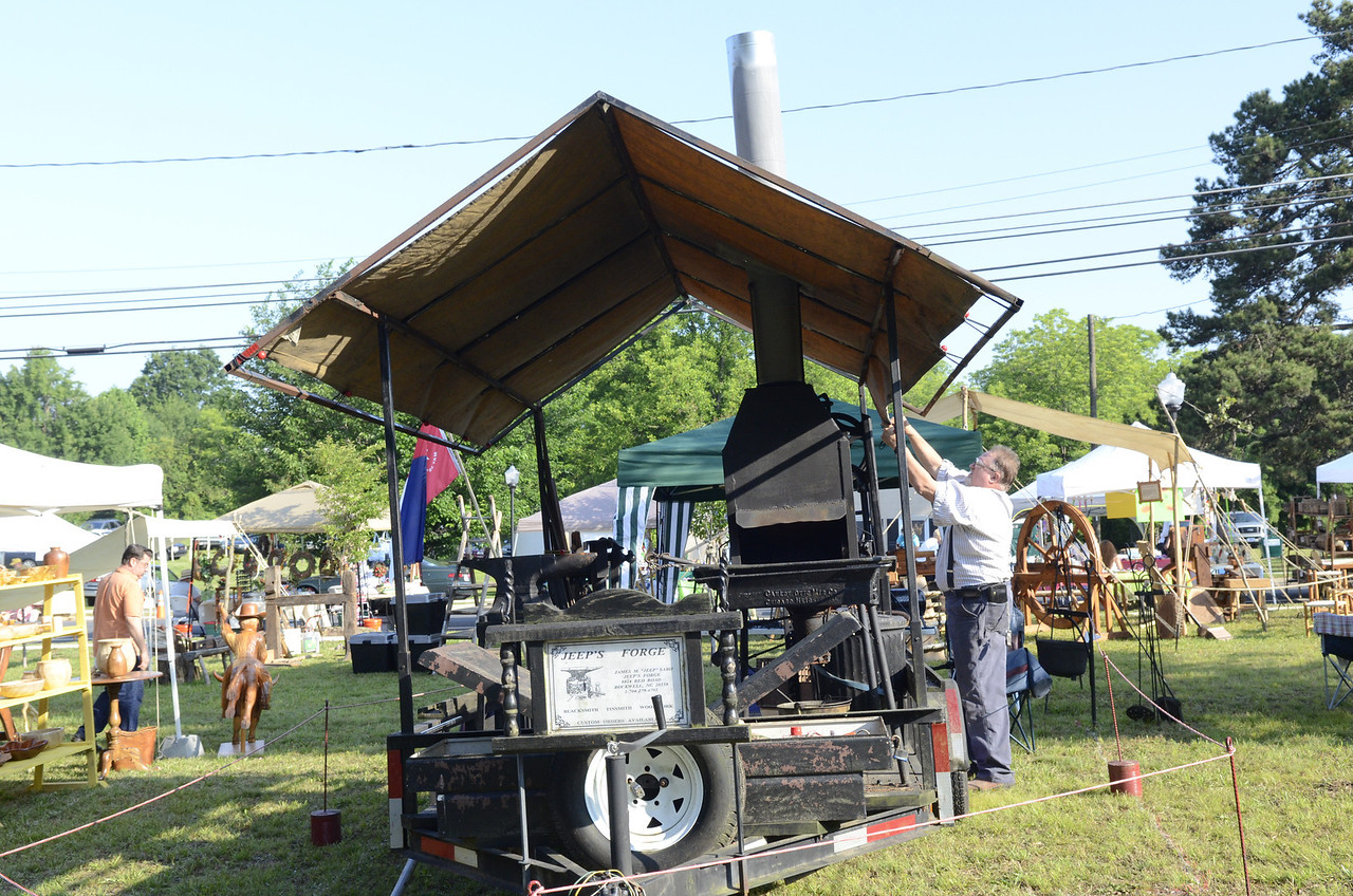 enjoy views of Stanfield and pictures from heritage festival
