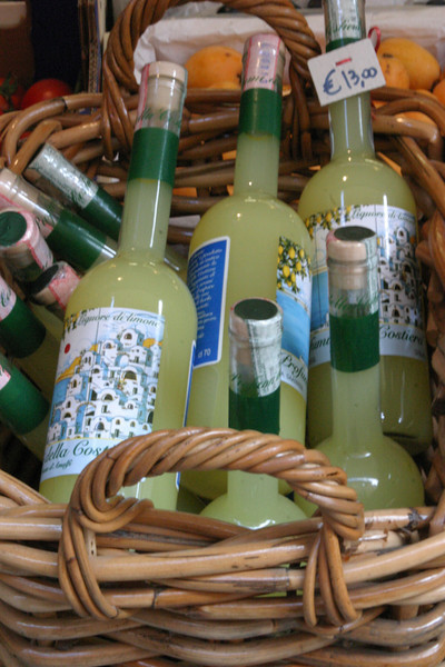 Limoncello in Basket Italy