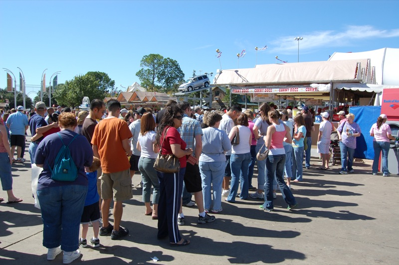 Corney Dog Line - Great State Fair of Texas