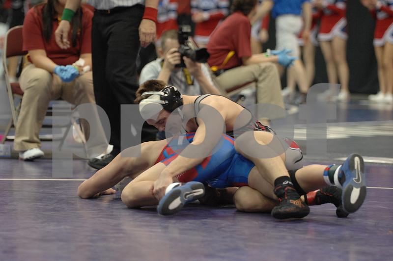 2013 Iowa High School State Individual Tournament - 2A <br /> Semifinals<br /> 152 Logan Thomsen (Union, La Porte City) dec Griffin Osing (Albia) 9-2