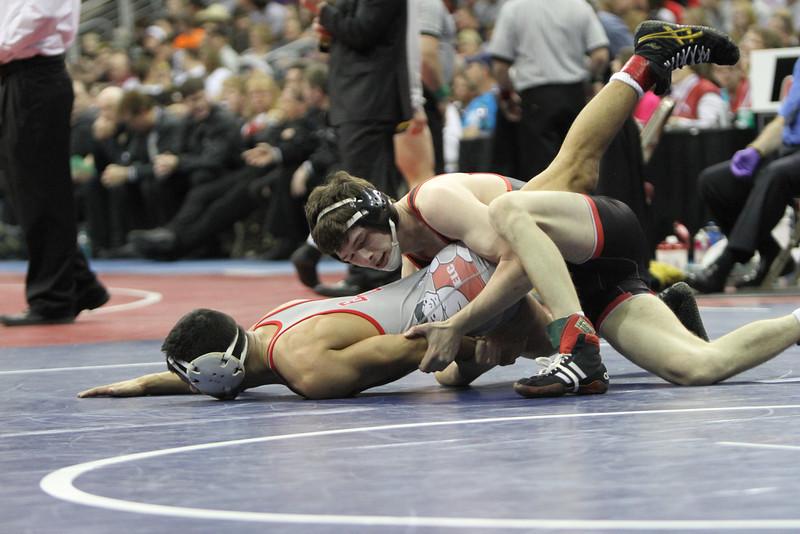 2014 Iowa High School State Finals Class 2A<br /> 2A-132<br /> 1st Place Match - Eric Clarke (Assumption, Davenport) 31-10 won by major decision over Oscar Ramirez (Estherville Lincoln Central) 43-2 (MD 10-2)
