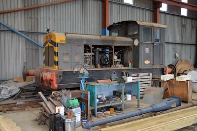 4wDM 01001_463150 at Stoke Edith Station.