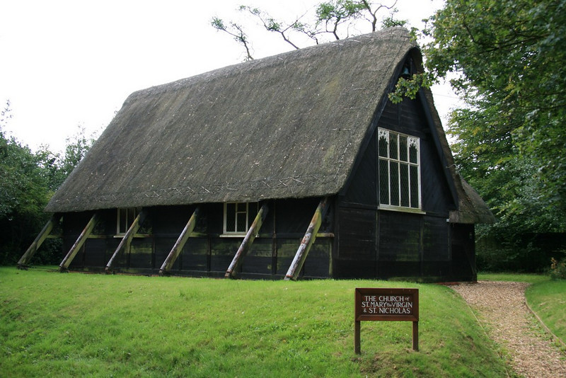 The only thatched church in England!
