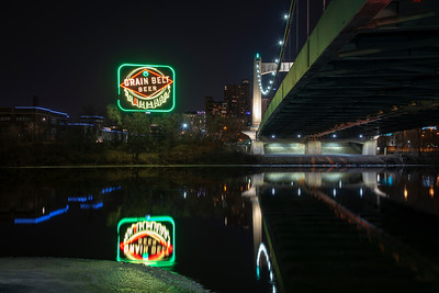 Grain Belt Sign and the Hennepin Avenue Bridge