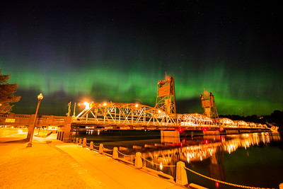 Aurora Over the Lift Bridge
