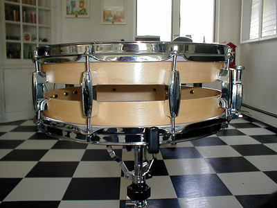 First try at a 14x8 6 ply mapel snare.. lol I see a crooked Lug... D'oh.