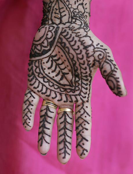 henna_hand_2434