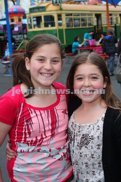 Chabad Youth. Sukkot at Luna Park 2009. Casey Aarons (left), Gabi Nadelman. photo: peter haskin