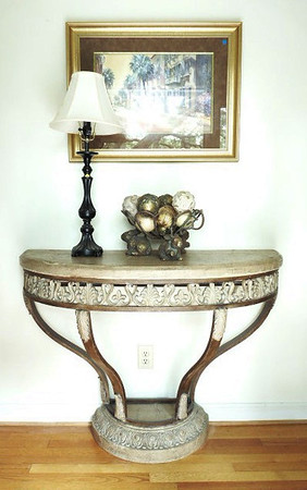 High quality decorator entry table.