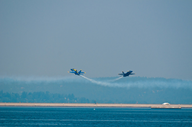 Blue Angels perforiming on Lake Washington during Seafair.