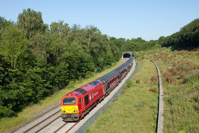 67018 leaves South Harrow Tunnel with the 1H08 06.53 Banbury-London Marylebone.