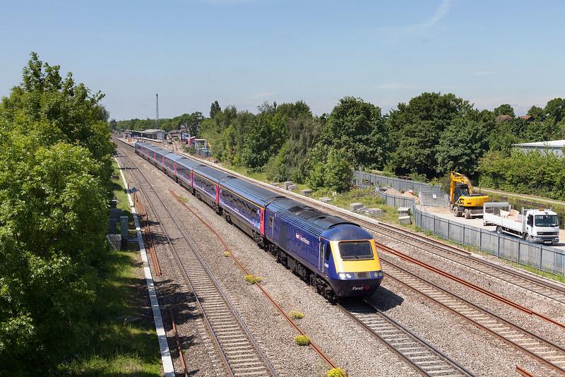 43180 leads the 1A15 11.30 Bristol Temple Meads-London Paddington through a sunny West Drayton.5.6.13
