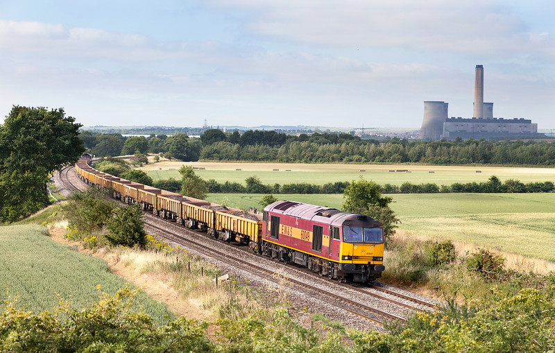 In hazy morning sunshine 60049 approaches Culham with the 6W61 05.20 Kemble-Hinksey loaded spoil train. 66056 is DOR. 11.7.13