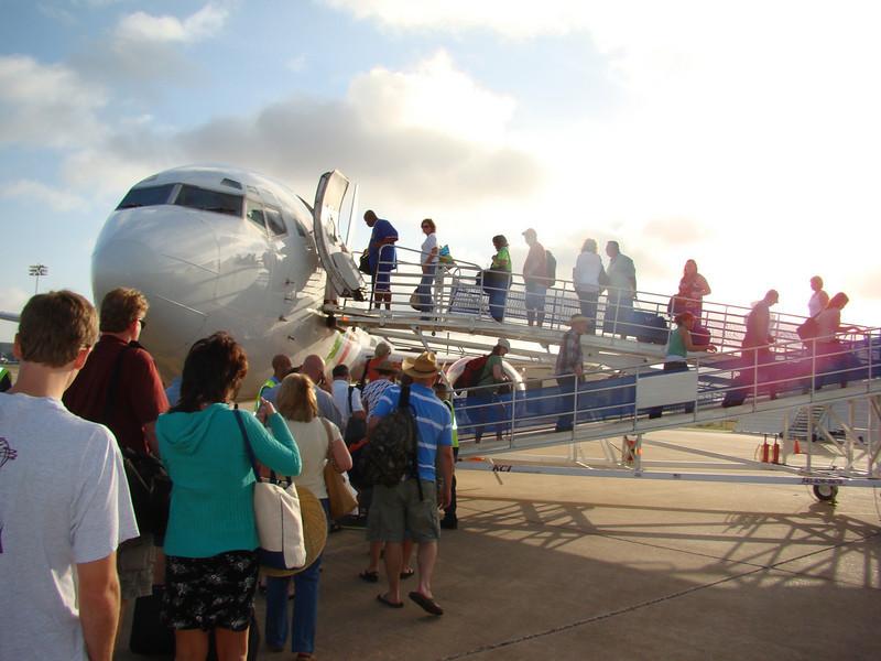 Boarding on Vivaerobus to Cancun