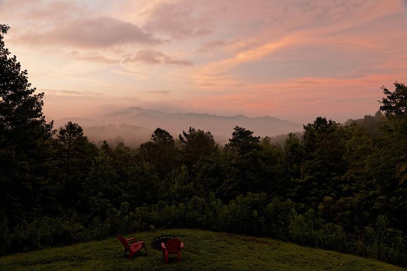 Sunrise over the Tennessee River near Bryson City