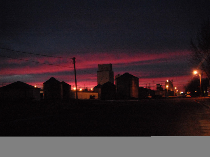 """Post-Thanksgiving Sun rise looking SE along Pacific Avenue in Morris, Minnesota. <a href=""""http://community.goodnewsmorris.info/"""">http://community.goodnewsmorris.info/</a>"""