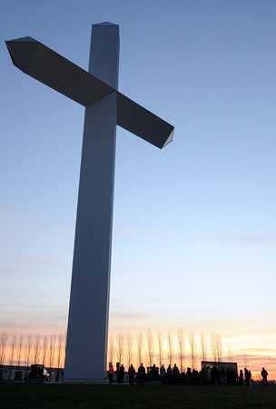 Area residents celebrate Easter sunrise service at The Cross at the Crossroads in Effingham Sunday morning.  <br /> Chet Piotrowski Jr./Piotrowski Studios photo